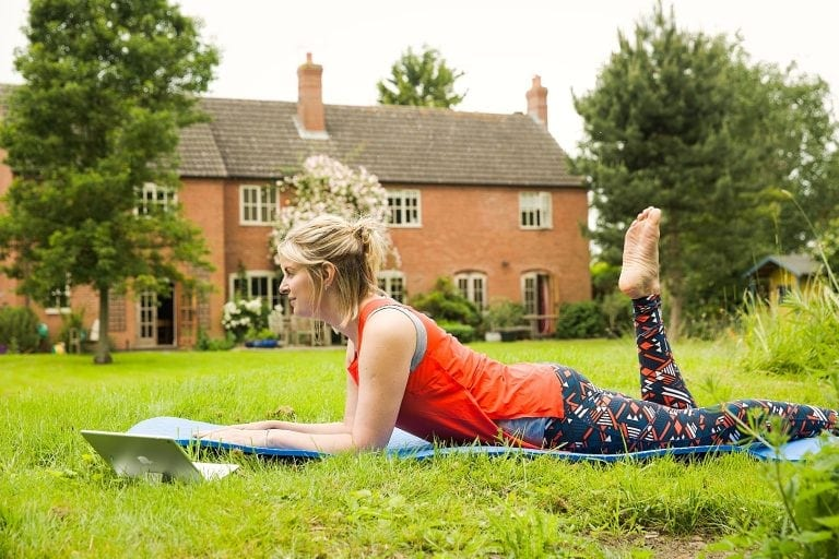 10 minute Pilates in the garden
